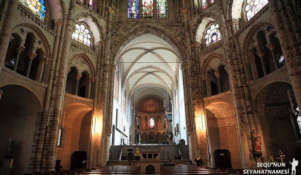 Köln St. Gereon Bazilikası