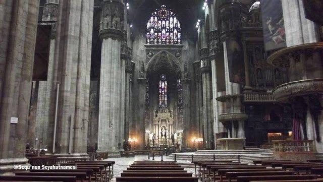 Duomo'nun içinden bir görünüm - Milano Gezilecek Yerler