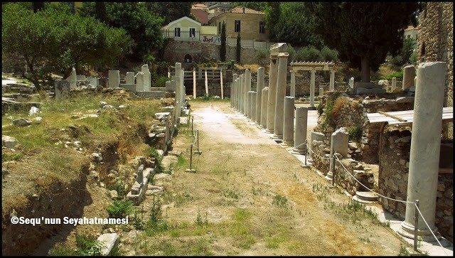 Doğu Propylon - Atina Gezilecek Yerler - Roma Agorası