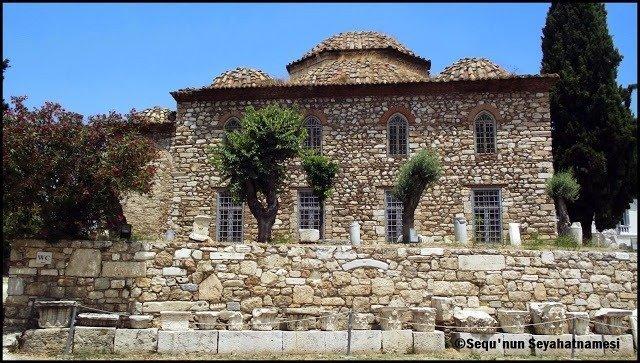Fethiye Camii - Atina Gezilecek Yerler - Roma Agorası