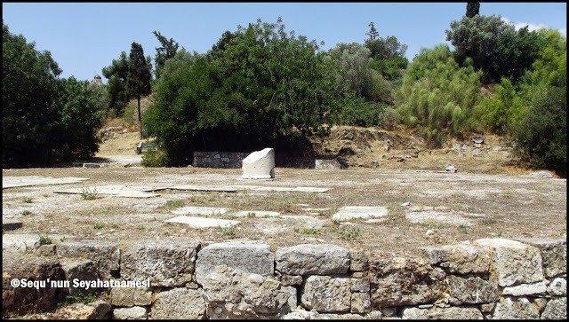 Daire biçimindeki parlamento binası Tholos - Atina Ancient Agora Gezilecek Yerler