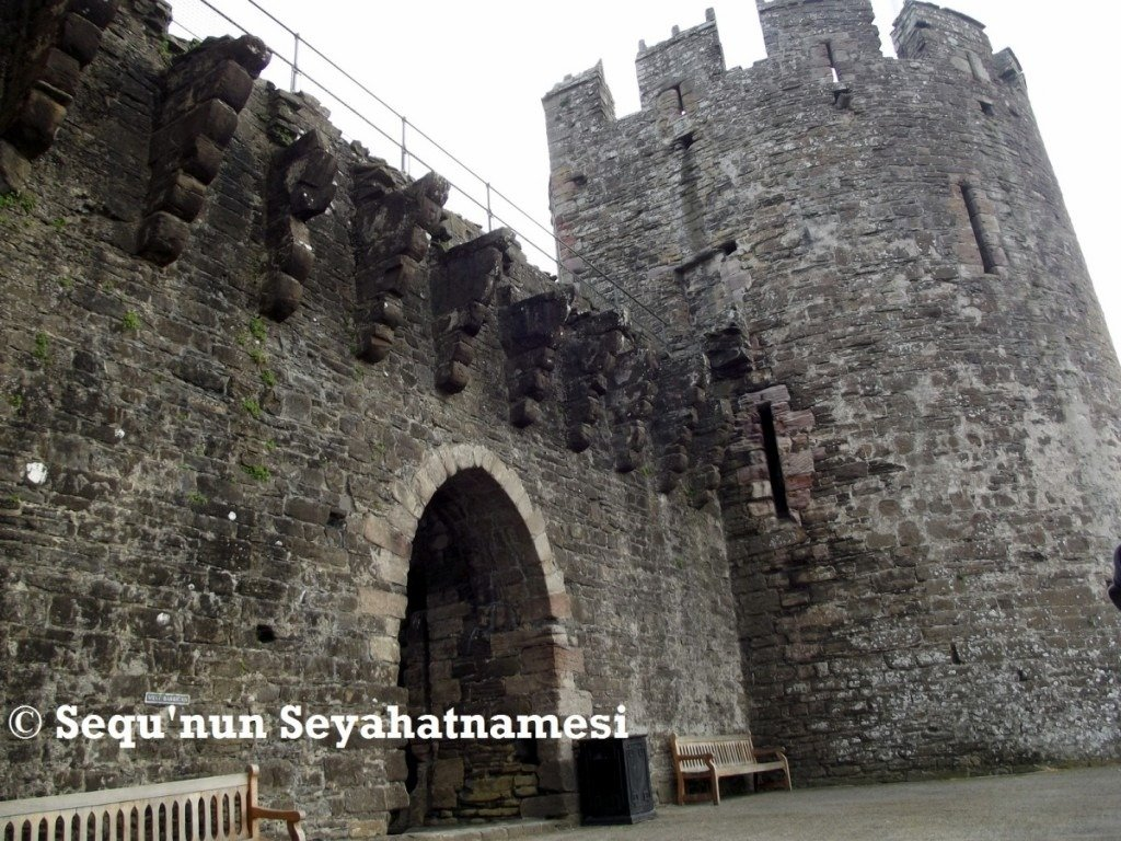 conwy-castle-main-gate