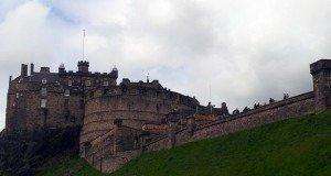 Edinburgh Kalesi Nerede ?
